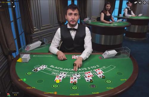 Играть в живую в казино продам игровые автоматы клеопатра б у цена